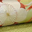 梅に篳篥(ひちりき)の刺繍名古屋帯 質感・風合