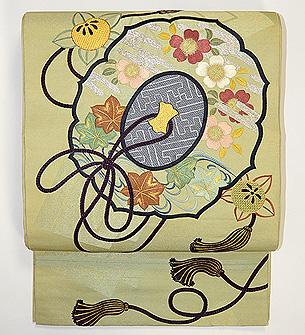 古鏡の図刺繍丸帯