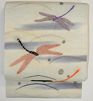 露芝に蜻蛉の図刺繍名古屋帯