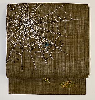 クモの刺繍名古屋帯
