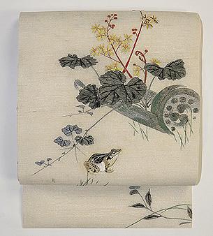 秋草に蛙の刺繍名古屋帯