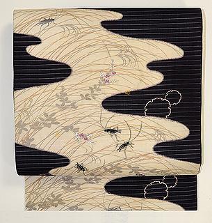 秋草に蟋蟀(こおろぎ)の図刺繍名古屋帯