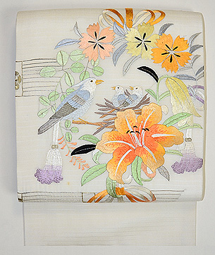 花輪に小鳥の刺繍帯