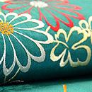 青緑地菊の刺繍帯 質感・風合