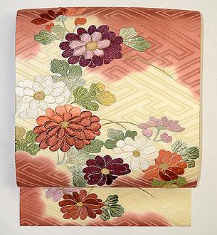 雲取りに菊花刺繍開き名古屋帯