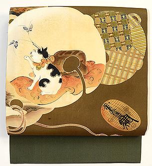 鈴に猫の絵染め名古屋帯