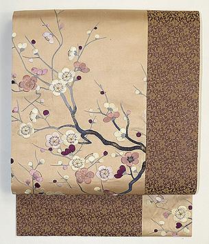 梅刺繍丸帯継ぎ名古屋帯