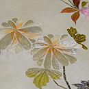 桜に菊の刺繍名古屋帯 質感・風合