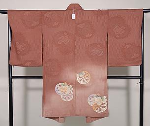 源氏車に牡丹の絵羽織