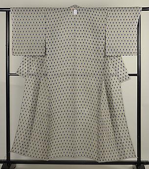 白地に角の絣紋越後上布