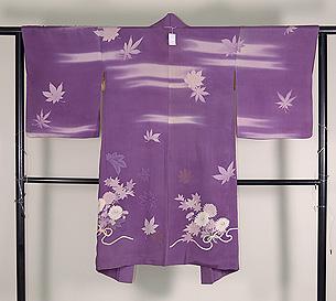 菊に紅葉の図羽織