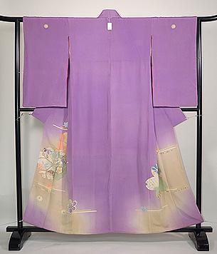 桜文様若紫色留袖
