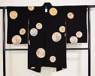 黒地丸紋羽織