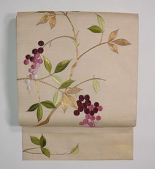 南天の図刺繍名古屋帯