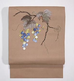 葡萄にアシナガバチ刺繍絽名古屋帯