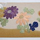 菊に南天綴刺繍名古屋帯 前中心