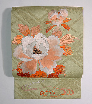 牡丹と蝶の刺繍帯
