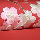 赤地桜の刺繍開き名古屋帯 質感・風合