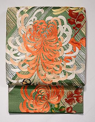 金銀糸斜め通しに大輪菊の袋帯