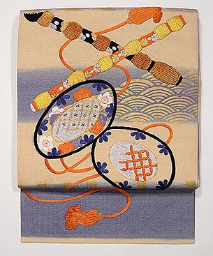 楽器の刺繍名古屋帯