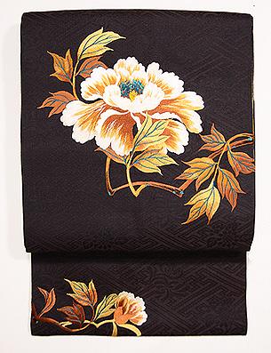 黒地牡丹の刺繍名古屋帯