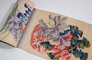 山鹿精華作 「手織錦 瑠璃の色」