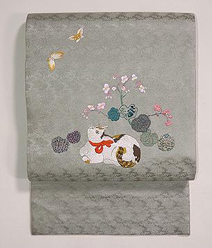 赤い首輪の猫に秋海棠刺繍開き名古屋帯