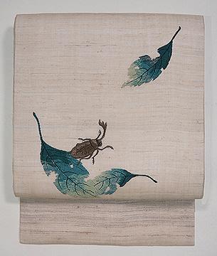 バッタとカブトムシの刺繍名古屋帯
