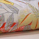 大輪百合の刺繍名古屋帯 質感・風合