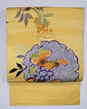 南天と水仙、梅の刺繍名古屋帯