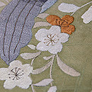 蘭の図刺繍開き名古屋帯 質感・風合