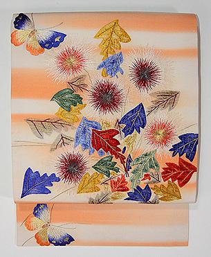 蒲公英と蝶刺繍名古屋帯