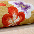 梅と南天の刺繍名古屋帯 質感・風合