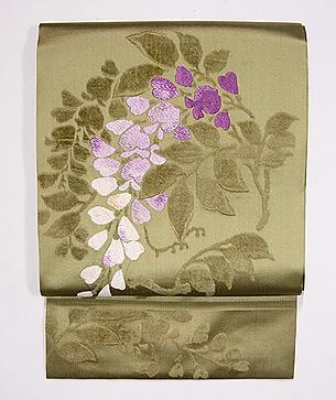 垂れ藤の刺繍名古屋帯