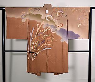 束ね芝に万寿菊の羽織