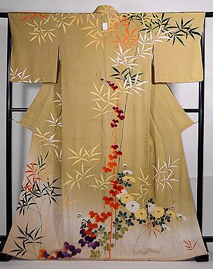 辛子色竹・蔦に菊の訪問着