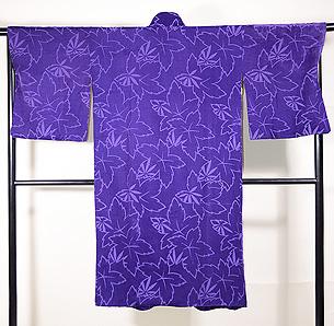 紫地、輪奈ビロードのコート