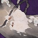 梅にウグイス色留袖 質感・風合