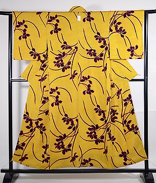 黄色地春蘭の小紋