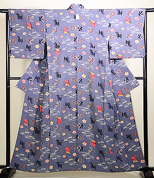 藍鼠地蝶と小鳥の紅型染小紋