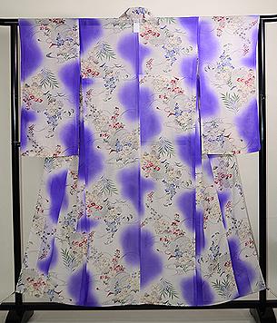 紫暈しに花と虫かごの単衣小紋