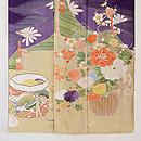 紫地松皮菱取御簾に花籠の色留袖 上前