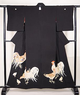 鶏の図黒留袖