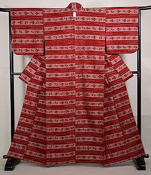 浦野理一作 真紅横縞燕文様単衣紬