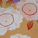 紫暈し花車に四季の花文様訪問着 質感・風合