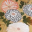 山栗と竹垣に菊の訪問着 質感・風合