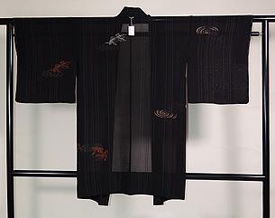 黒地金魚の図紗単衣羽織