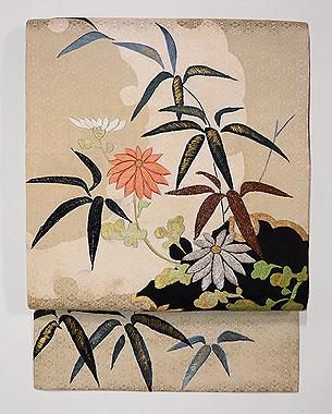 雪輪紋に菊と笹刺繍帯