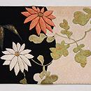 雪輪紋に菊と笹刺繍帯  前柄