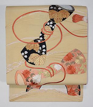 鼓胴の刺繍名古屋帯